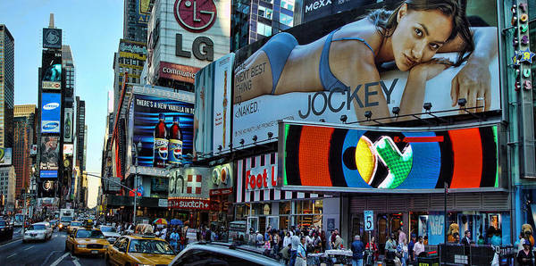 Blade Runner Photograph - Times Square Energy by New York