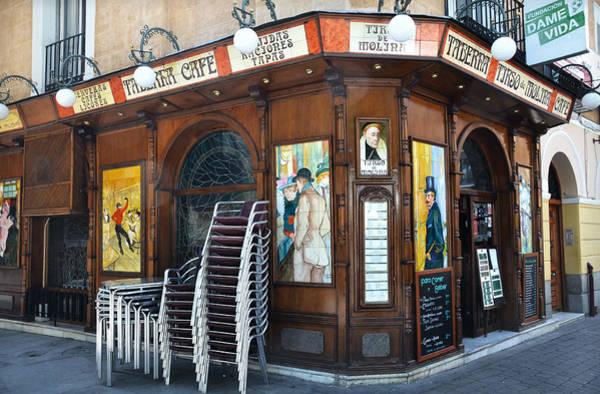 Photograph - Tirso De Molina Tavern In Madrid by RicardMN Photography