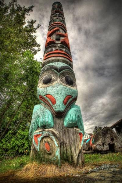 Totem Pole Wall Art - Photograph - Tlingit Totem by Ryan Smith