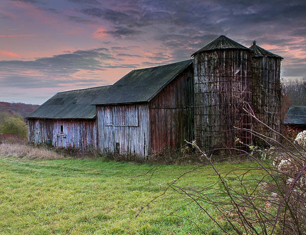 Photograph - Tobin's Barn by John Vose