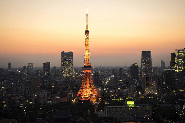 Photograph - Tokyo Tower At Night by For Ninety One Days