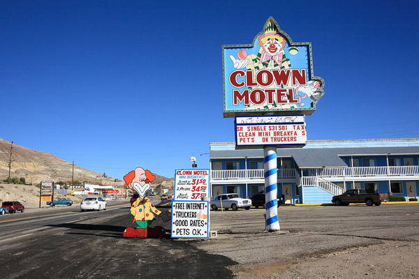 Photograph - Tonopah Nevada - Clown Motel by Frank Romeo