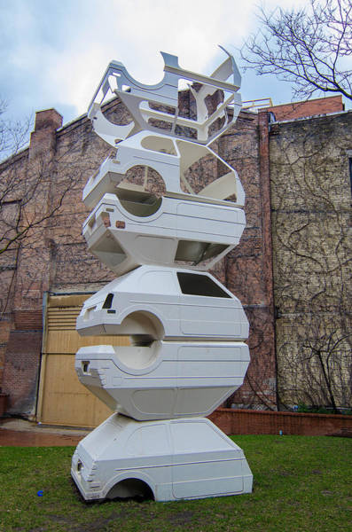 Photograph - Toronto Sculpture Garden   7d01095 by Guy Whiteley