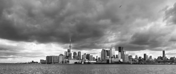 Photograph - Toronto Skyline 30b by Andrew Fare