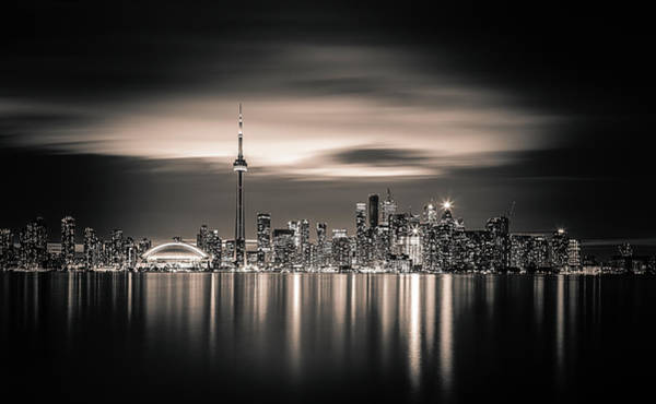 Water Tower Photograph - Toronto by Yoann
