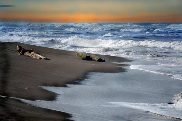 Photograph - Tortuguero Sun Rise by Gary Keesler