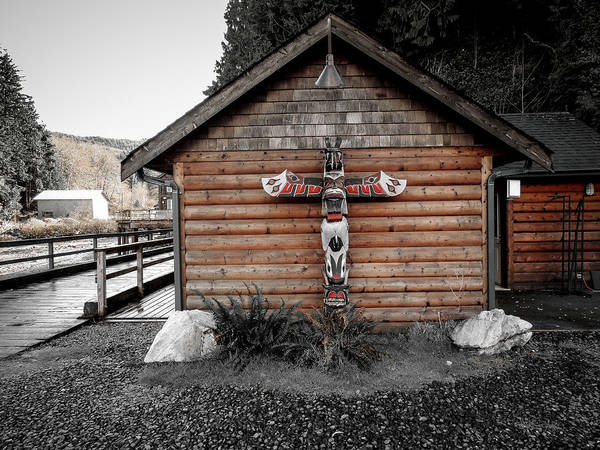 Photograph - Totem By The Pier  by Roxy Hurtubise