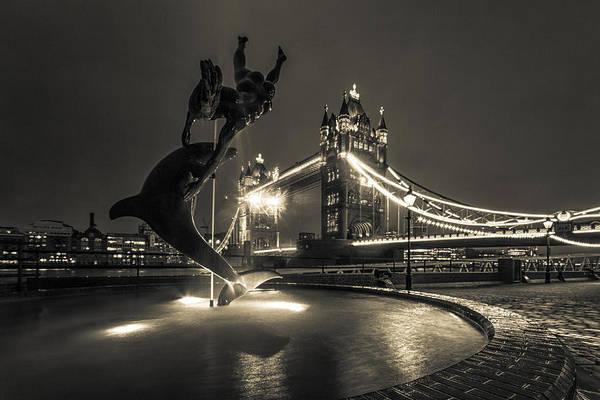 Wall Art - Photograph - Tower Bridge And Dolphin by Ian Hufton