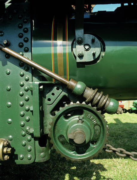 Traction Photograph - Traction Engine Gears by Chris B Stock/science Photo Library