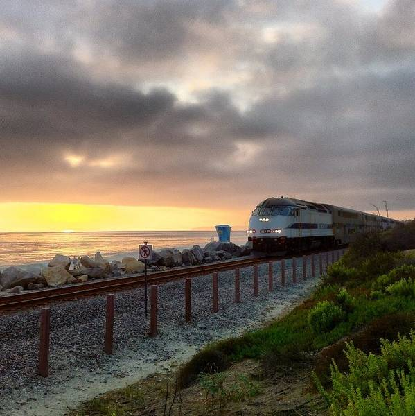 Photograph - Train And Sunset In San Clemente by Paul Carter