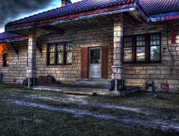 High Dynamic Range Photograph - Train Stop by Thomas Young