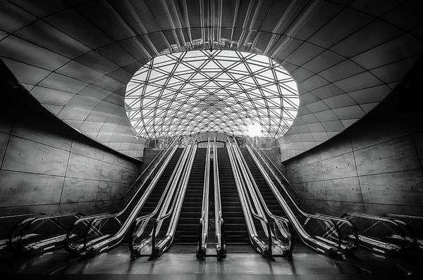 Perspective Wall Art - Photograph - Triangeln by Stefan Bj??rn Buder