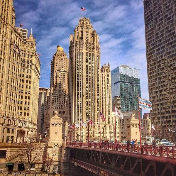 City Scenes Wall Art - Photograph - Tribune Tower And Dusable Bridge In by Paul Velgos