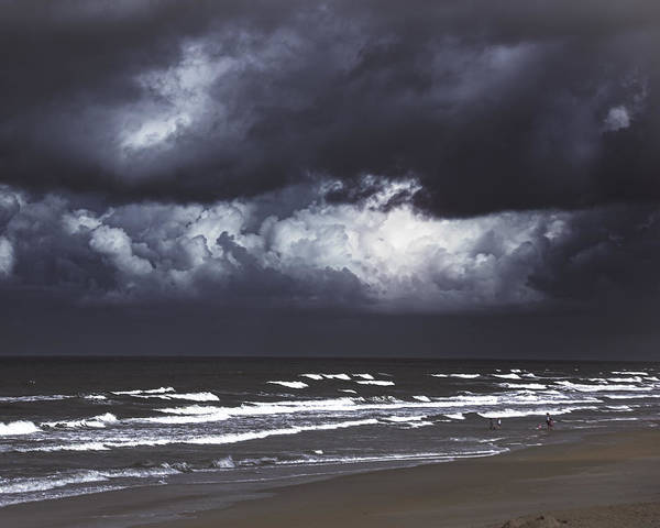 Photograph - Tropical Storm Drama by Judy Hall-Folde