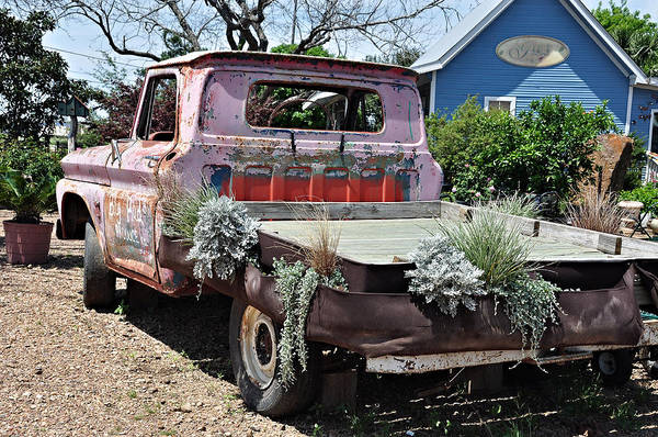 Photograph - Truck Recycling by Teresa Blanton