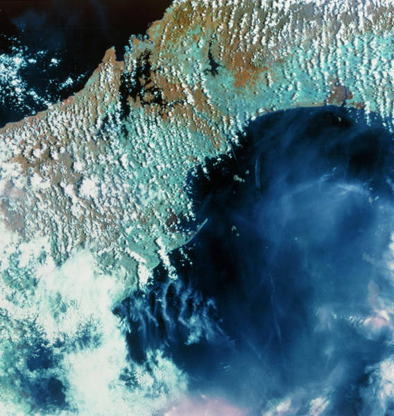 Panama City Wall Art - Photograph - True-colour Satellite Image Of The Panama Canal. by Mda Information Systems/science Photo Library