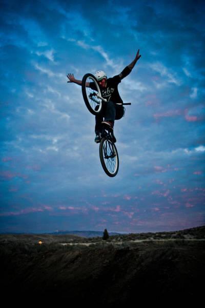 Loftus Photograph - Tuck No Hander by Joel Loftus