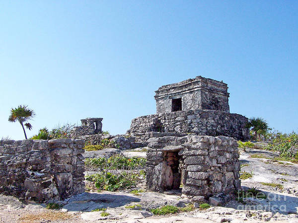 Photograph - Tulum Ruins Of Mexico - 5 by Tom Doud