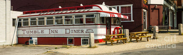 City Cafe Wall Art - Photograph - Tumble Inn Diner Claremont Nh by Edward Fielding