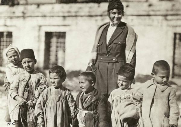 Wall Art - Photograph - Turkey Red Cross, 1920 by Granger