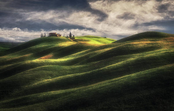 Farmhouse Photograph - Tuscany Sweet Hills. by Massimo Cuomo