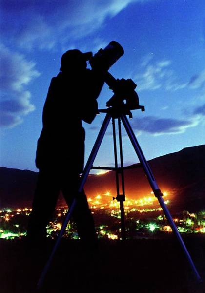 Astronomer Photograph - Twilight Stargazing by Babak Tafreshi/science Photo Library