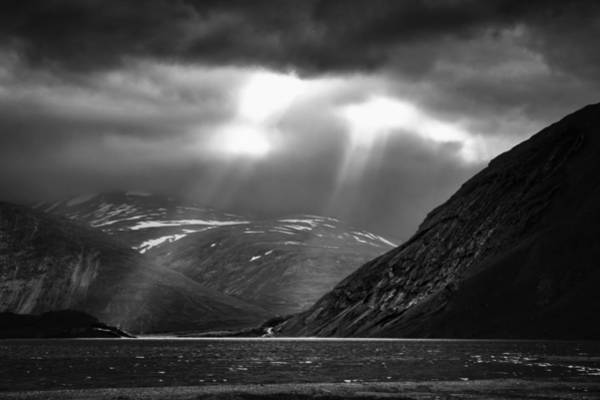 Photograph - Two Rays by Ben Shields
