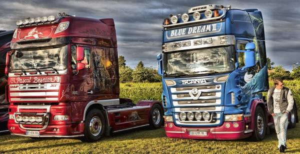 Freightliner Wall Art - Photograph - Two Up by Mick Flynn