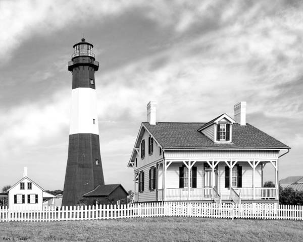 Photograph - Tybee Island Light Beneath Morning Skies by Mark Tisdale