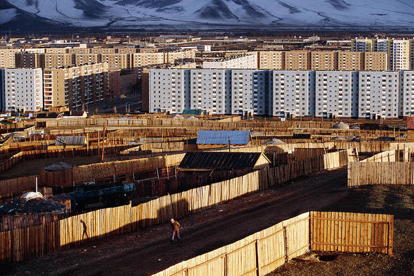 Tenement Photograph - Ulaanbaatar by Peter Menzel/science Photo Library