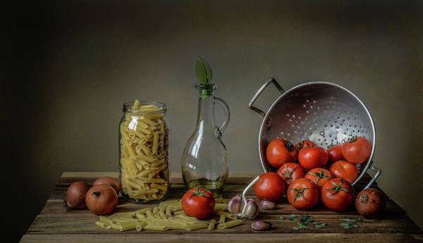 Wall Art - Photograph - Una Buona Pasta! by Margareth Perfoncio
