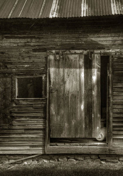 Photograph - Uncle Kegs Barn Door by Michael Kirk
