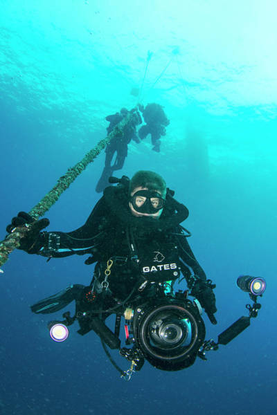 Cinematography Photograph - Underwater Cameraman by Scubazoo/science Photo Library