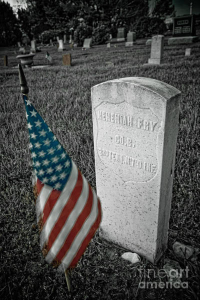 Photograph - Union Army Civil War Veteran Headstone Hygiene Co by James BO Insogna