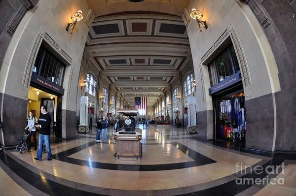 Liane Photograph - Union Station Interior by Liane Wright