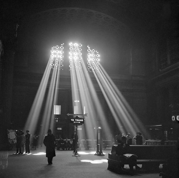 Beam Of Light Photograph - Union Station Waiting Room by Library Of Congress