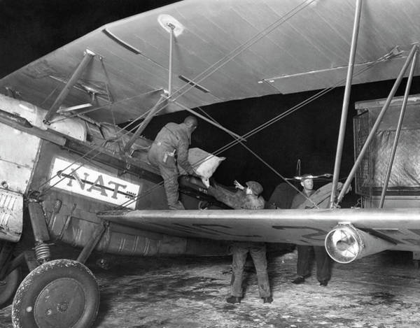 Photograph - Unloading Early Air Mail by Underwood Archives