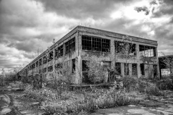 Photograph - Urban Decay 7d08417 by Guy Whiteley