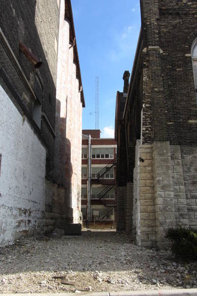 Photograph - Urban Decay Pabst Alley by Anita Burgermeister