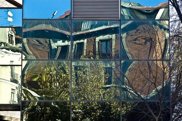 Cubic Wall Art - Photograph - Urban Reflections Madrid by Frank Tschakert