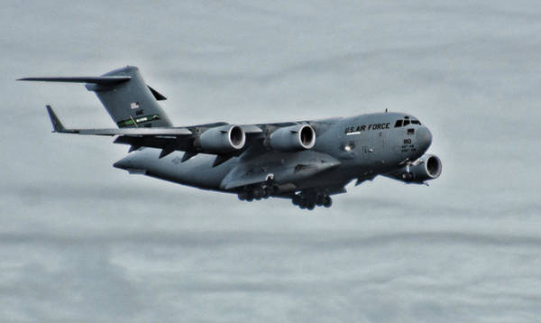 Photograph - Us Air Force C17 by Ron Roberts