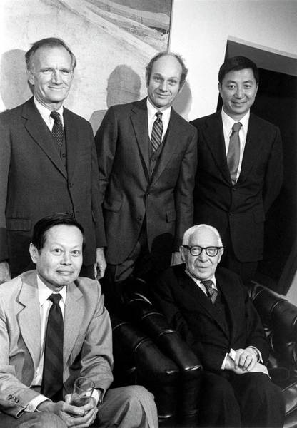 N.c Wall Art - Photograph - Us Physicists And Nobel Laureates by Us Department Of Energy