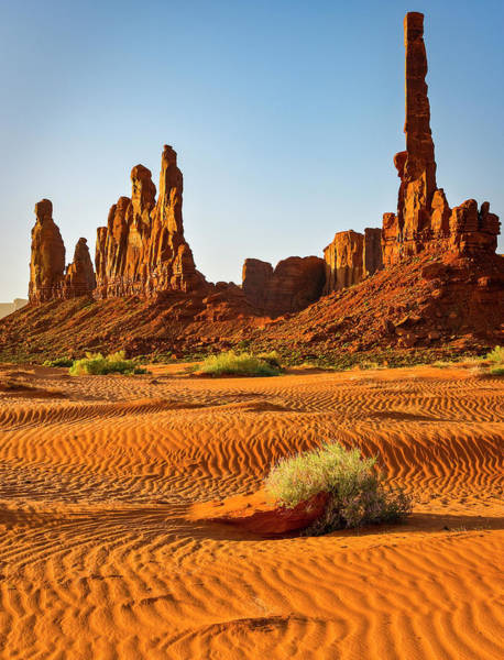 Wall Art - Photograph - Usa, Arizona Monument Valley, Totem by George Theodore