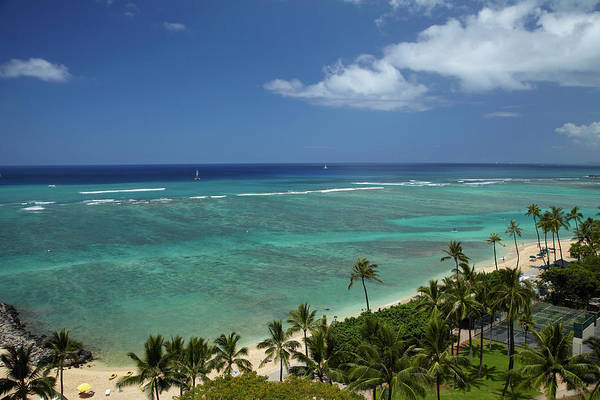 Wall Art - Photograph - Usa, Hawaii, Oahu, Honolulu, Waikiki by David Wall