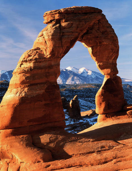 Delicate Arch Wall Art - Photograph - Usa, Utah, View Of Delicate Arch by Scott T. Smith