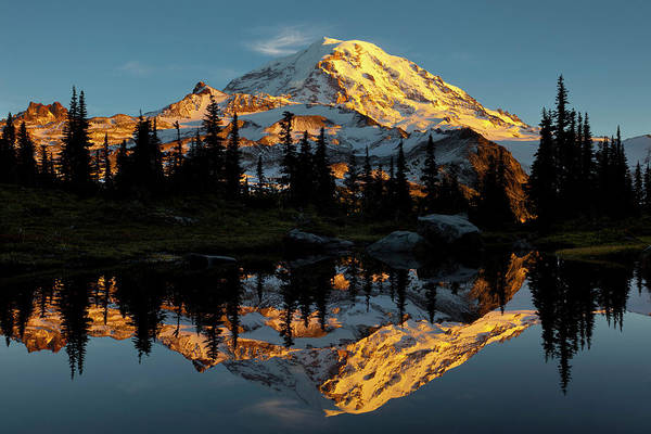 Ie Wall Art - Photograph - Usa, Washington State, Mt by Gary Luhm