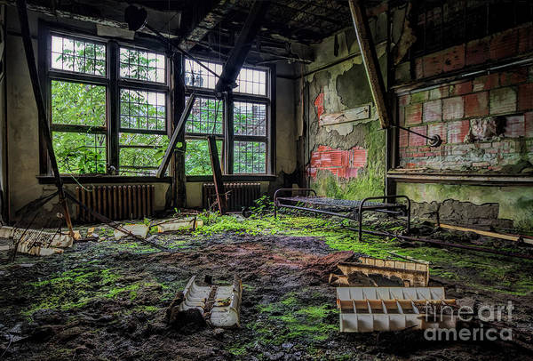 Photograph - Vacant by Rick Kuperberg Sr