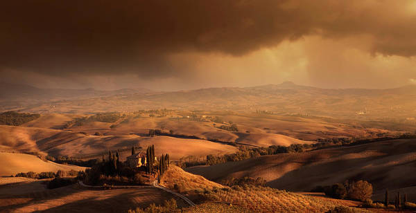 Hill Photograph - Val D\'orcia by Franz Schumacher