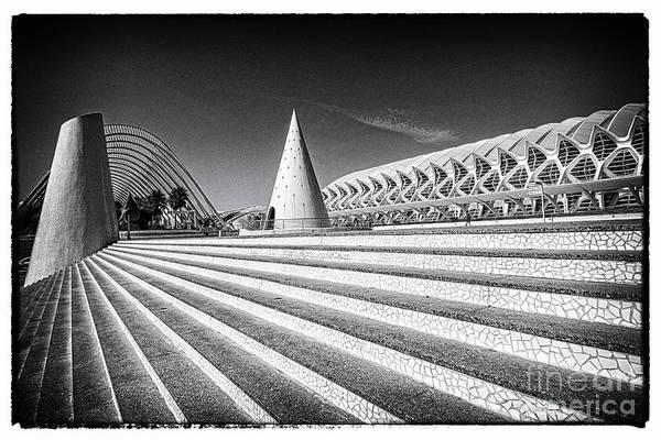 Pyrography - Valencia-24 by Mauro Celotti