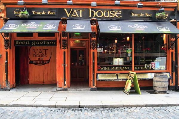 County Dublin Photograph - Vat House Pub Temple Bar Area by Eoin Clarke